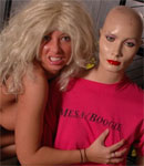 Caitlynn Having Fun In A Blonde Wig - Picture 13